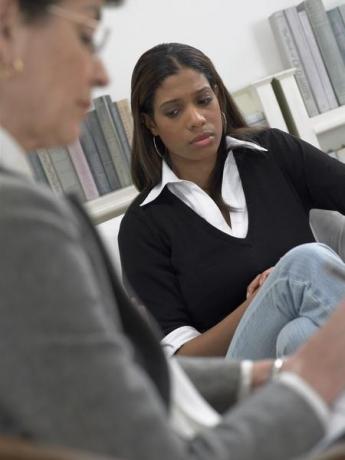 Инструментарий психолога в интернете - отличия от очного специалиста